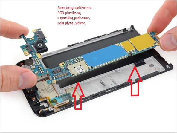 Oddzielenie płyty głównej od LCD /fot.iFixit.com